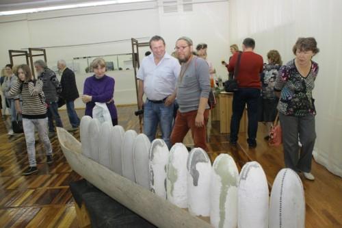 IMG_9888 лодка двенадцать апостолов (Лисовский и Микушев в центре)