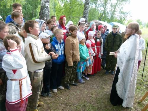 Под руководством иерея Иоанна (Коюшева) проходят сборы «Ратников Святой Руси».