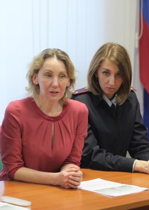 IMG_0164 вдова милиционера и ее дочь