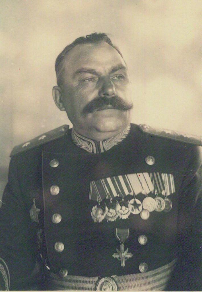Василий Баданов.