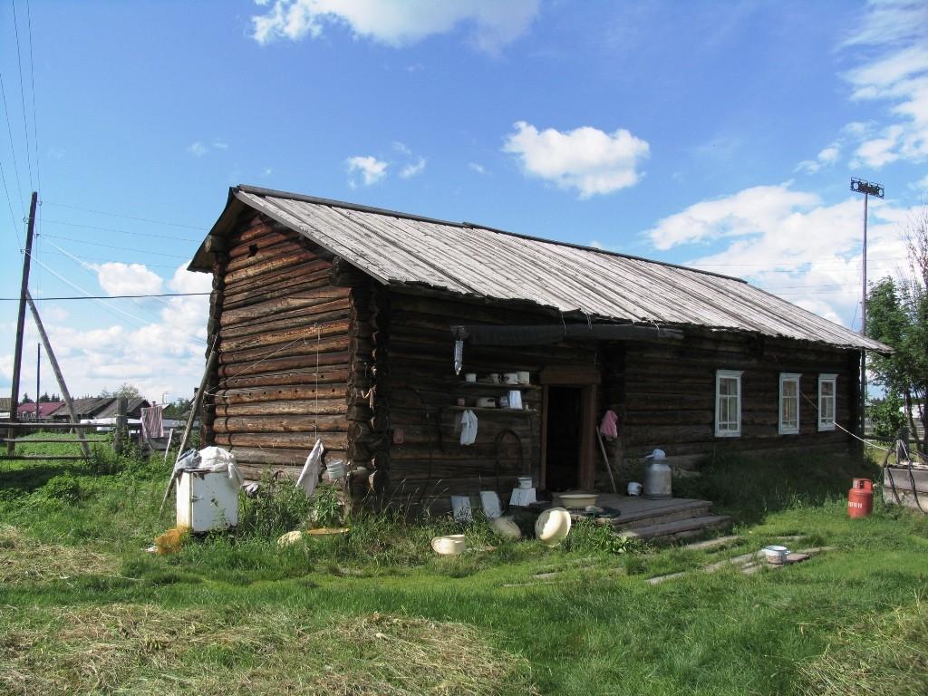 Коми изба в д.Щекурья Березовского района ХМАО – Югра, 2006 г.