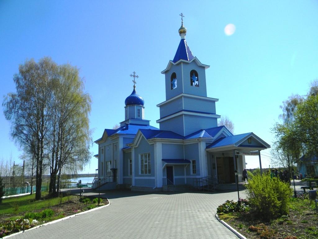 Свято-Казанский храм.