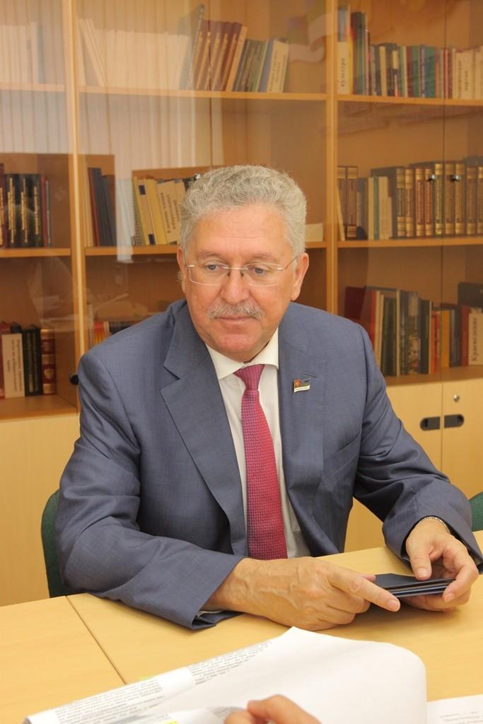 Иван Медведев