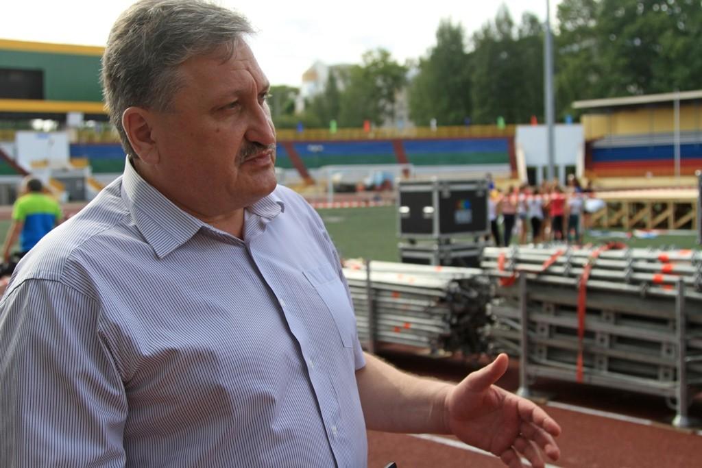 IMG_6792_министр спорта Николай Бережной (1)