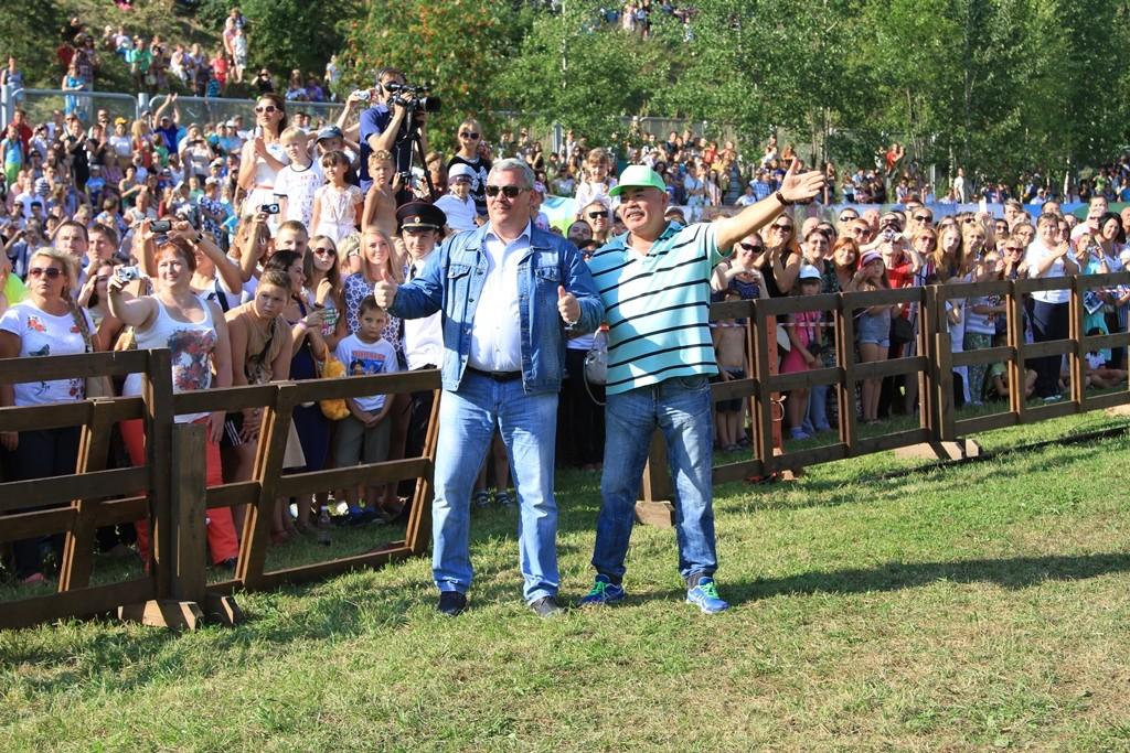 IMG_8286_Руководитель конной шоу-группы Валерий Краснов и Сергей Гапликов