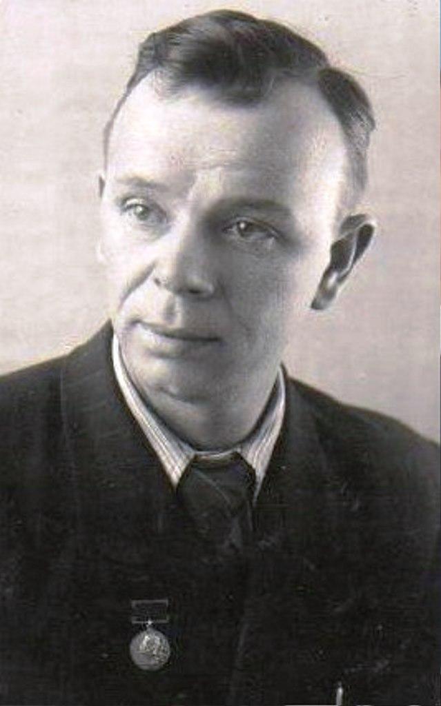 Режиссер и драматург  Николай Дьяконов.